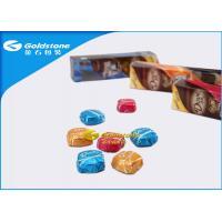 China La impresión colorida personalizó la hoja coloreada las envolturas de la hoja del chocolate para envolver los chocolates on sale