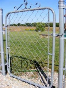China chain link fence gates /uses chain link fence gates/galvanized or pvc coated iron wire on sale