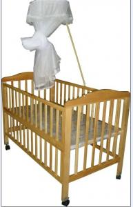 China Safety standard Wooden Sleigh Baby Cot Crib Bed with Mosquito Net on sale
