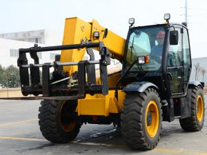 China 3.5 Ton 7850KG Yellow Telescopic Telehandler Forklift /strong power Weichai Engine Jcb Telehandler Fork Length 7150mm on sale
