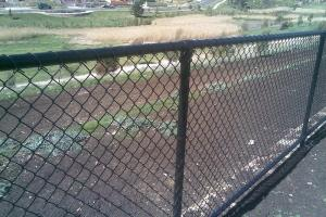 China Galvanized Chain-link fence Mesh/Cyclone Fence Chain Mesh Black Chain Link Fence Cost on sale