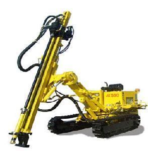 China Crawler Hydraulic DTH Drill Rig (CM358A) on sale