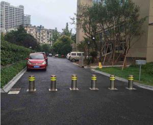 China Road Safety Hydraulic Rising Bollards / Spray Coated Electric Retractable Bollards on sale