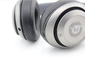 Beats by Dr  Dre Studio Wireless Headband Wireless