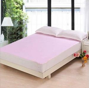 China Queen SIze Bed Bug Polyurethane Mattress Cover Air Permeable on sale