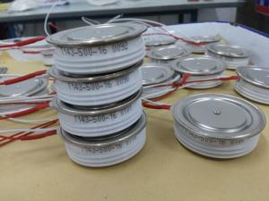 China Russian Type Fast Thyristor (Capsule Type) (TB323-400) on sale