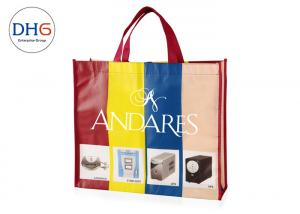 China Grocery Stores Custom Non Woven Tote Bags Light Weight Color Silk Screen Printing on sale