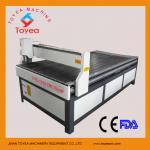 1300 x 1500mmの木製の技術CNCの彫版機械TYE-1315