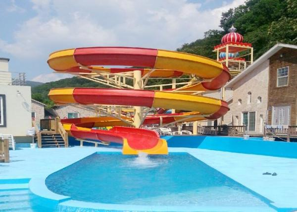 Big Spiral Fiberglass Water Slides Open Flume Slide For Swimming Pool Product PhotosBig