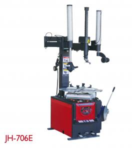 China Wheel Repairing Auto Tire Changer 8-10 Bar Easy Installation 0.75kw/1.1kw on sale