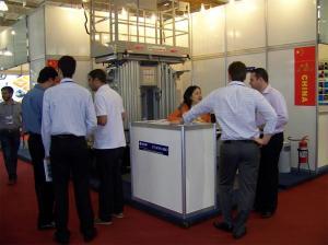 China Hydraulic Scissor Lift Platform 12m , Aluminium Mast Lightweight Scissor Lift on sale