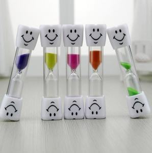 China 3 Minutes Hourglass Kids Toothbrush Timer Smiley Sand Timer 3 Minutes Timer ON on sale