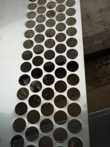 China Stainless steel Perforated Metal Mesh Sheet 0 . 8mm - 2mm For Protection Decoration on sale