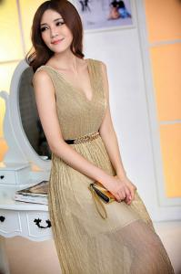 China Golden Chiffon Deep V Neck Evening Party Dresses for Girls , Womens on sale