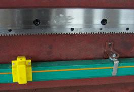 China Industrial Edge Metal Milling Machine Aluminum Window Profile on sale