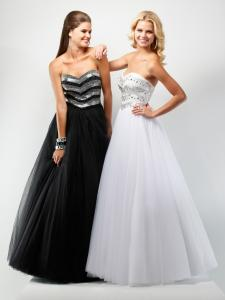 China Empire Strapless Organza Party Dresses, Long Beaded Prom Dress on sale
