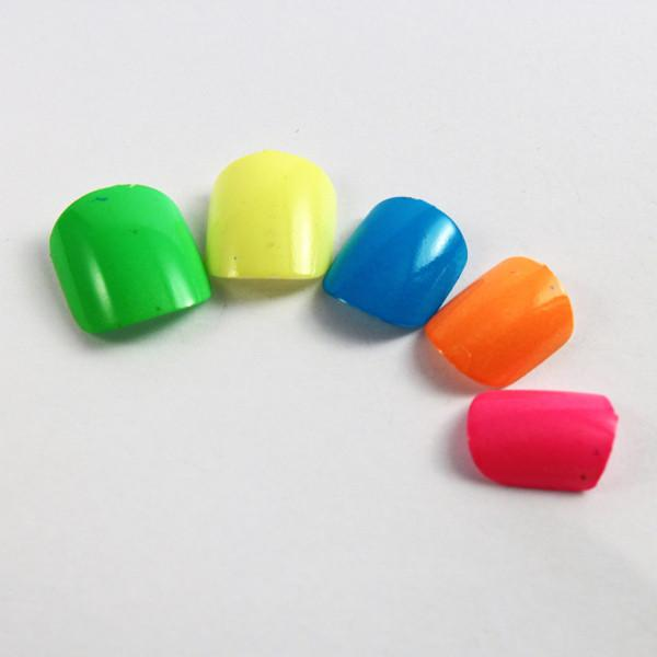 Simply Neon Fake Nails Pretty Artist Nail For Toe finger Green ...