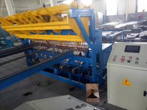 China Low Carbon Steel Wire Fence Mesh Panel Welding Machine For Railway Fence on sale