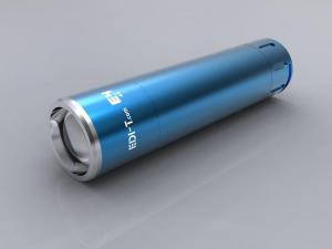 China rechargeable focus led flashlight on sale