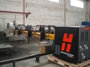 China Gantry type CNC Plasma Cutting Machine 3x8meter cutting area 25mm cutting thickness on sale