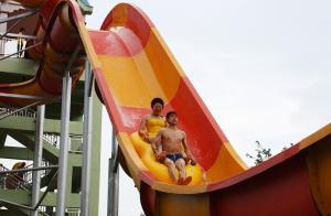Quality Custom Water Slides, Amusement Park Boomerang Aqua Slide for Gaint Water Park for sale