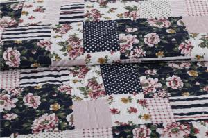 Quality Blue Square Printed Quilt Set Machine Washing In Cold Water Separately For for sale