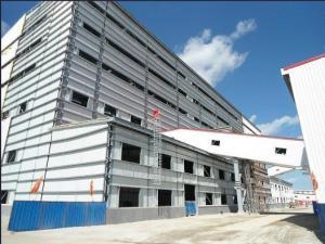 China Здание стальной структуры портальной рамки полуфабрикат светлое с панелью шерстей утеса on sale