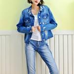 Fancy Embroidery Jeans Coat For Women , Stretch Ladies Blue Denim Jacket