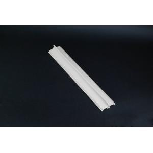 China Perfis da janela de faixa da extrusão do vinil do PVC/costume plástico do perfil da extrusão on sale