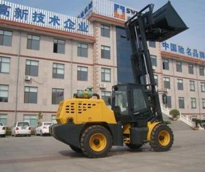 China Triplex Mast Rough Terrain Forklift Loader for Sale on sale