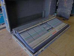 China Soundcraft MH3 48 Ch Live Pro 48mic 12aux 8Gp Audio Mixing Console 2PS CB   RCase+ on sale