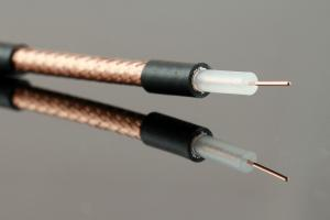 China 23AWG Bare Copper RG59 Coaxial Cable Solid PE 95% CCA Braid RoHS Standard CPR on sale