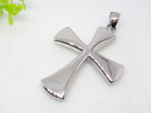 China Stainless Steel Cross Pendant Elegant Style for Women 1220178 on sale