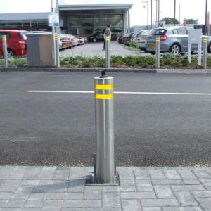 China Hydraulic Rising Road Blockers Automatic Security Electric Trafict Lifing Bollards on sale