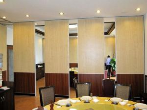 China Sliding Sound Proof Operable Movable Partition Walls for Classroom , Commercial Office on sale