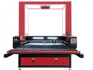 China 1280 CCD Small Laser Cutting Machine Auto Feeding Biaxial Asynchronous For Soft Material on sale