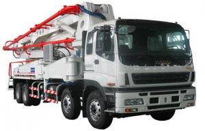 China HOWO CHASSIS 52m Truck-mounted Concrete pump on sale