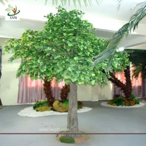 China UVG GRE026 12ft Indoor green banyan artificial decorative trees for office decoration on sale