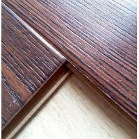 China 8.3mm class32 ac4 embossed V groove wax piso flotante laminate floor on sale