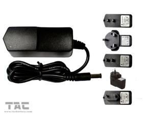 China Pocket Auto Battery Jump Start Charger with 18650 Lithium Battery on sale