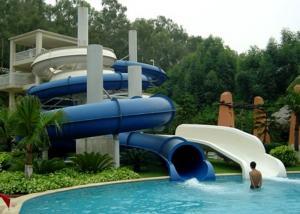 China Blue Water Park Slide Crossword Closed Spiral Amusement Park Equipment on sale