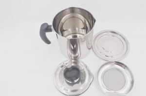 China 1.6L New design stainless steel cooking oil jar oil strainer pot with lid and base on sale
