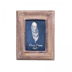 China Customized Family Picture Frames Rustic Shabby Chic Wooden Photo Frames on sale