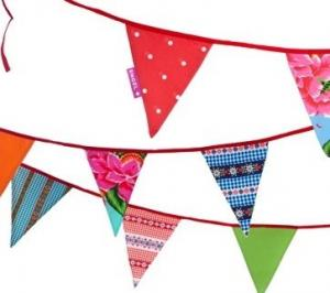 China Popular multi-colored paper banner & flag with strings for themed party on sale