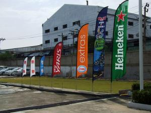 China Custom Feather Flags Banner Printing , Decorative Flags For Outside Single Sided supplier