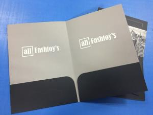 China OEM Personalized Pocket Folders A4 Size Embossing Saddle Stitching Custom Color on sale