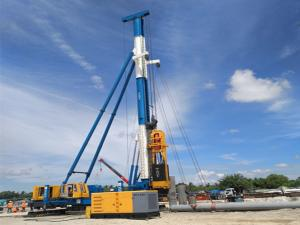 China Precast Concrete Hammer Piling Machine Step Walking Crawler Walking Frame on sale