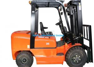 China Compact Size 3.5T Diesel Forklift Truck With 2 Stage 6m Mast / Block Shelf on sale