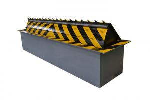 China Hydraulic Retractable Automatic Road Blocker IP68 Waterproof Security With APP Control supplier