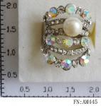 China most popular wholesale young girls finger rings wholesale price pearl rings with crystal wholesale